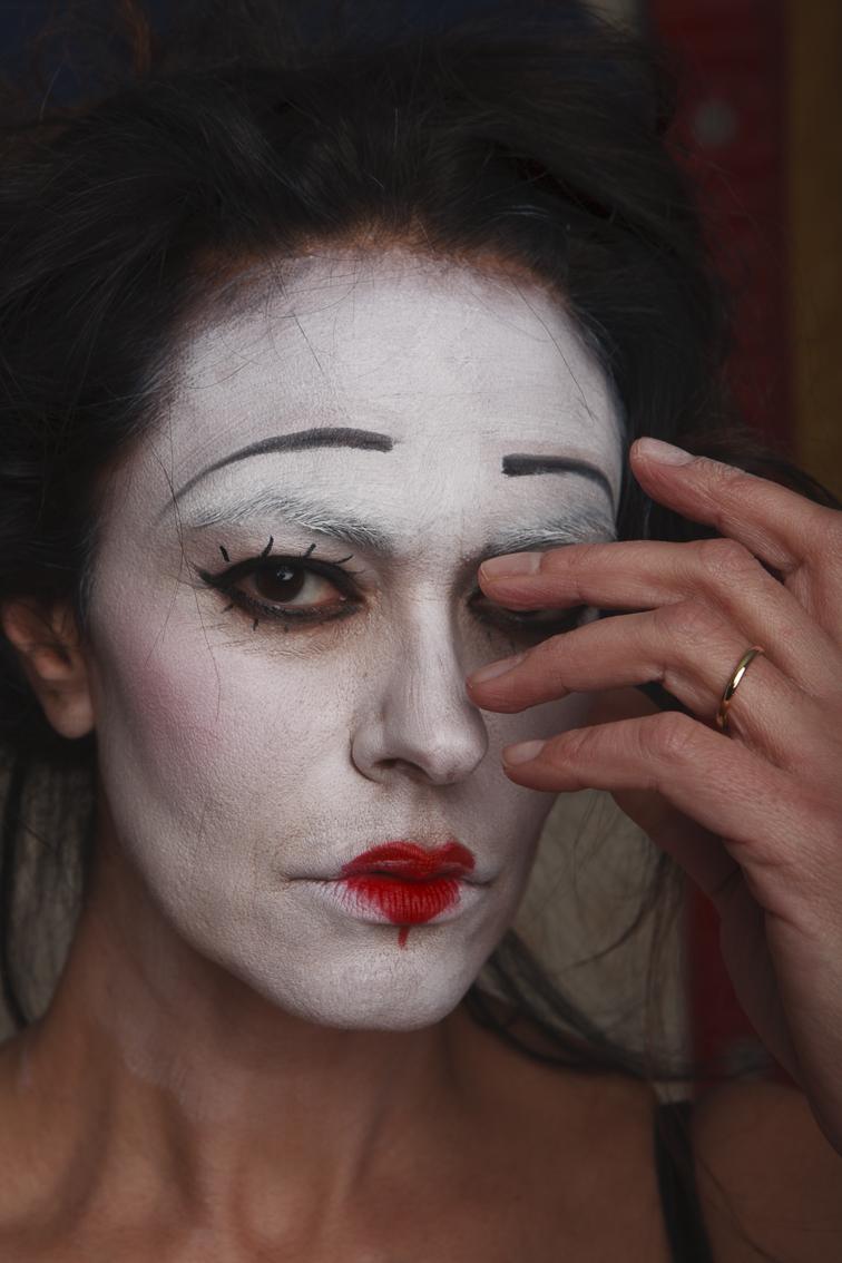 #31 Maria Grazia Cucinotta - Masked