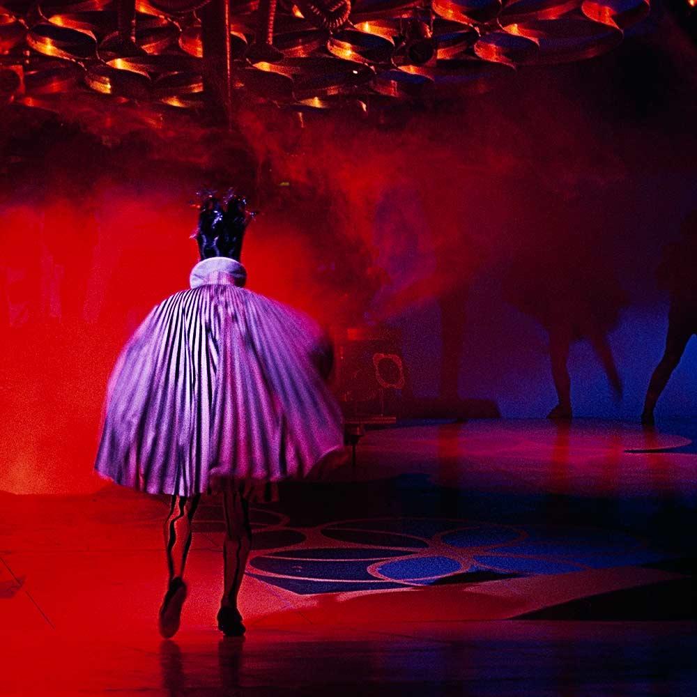 Au coeur de Saltimbanco, a traveling official exhibition for Cirque du Soleil © by Gianluigi Di Napoli
